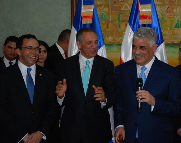 Vargas Se Compromete A Continuar Impulsando La Política Exterior De RD