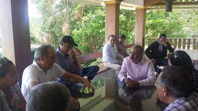 Presidente Medina se reúne con autoridades regionales turísticas de Puerto Plata en visita sorpresa