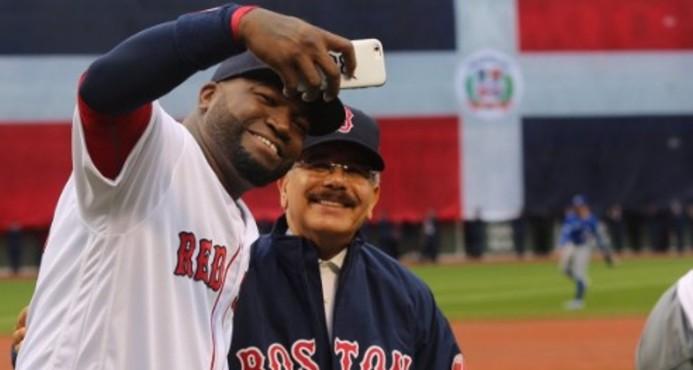Boston despide a David Ortiz; presidente Medina estuvo presente