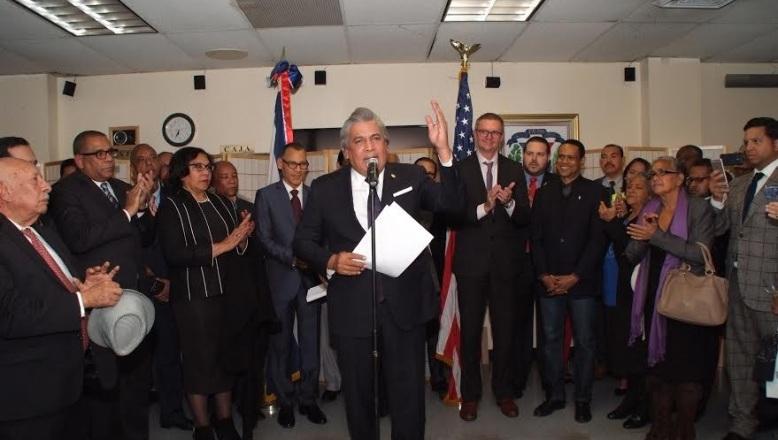Cónsul Carlos Castillo pide a dominicanos unirse a cruzada en beneficio de su comunidad