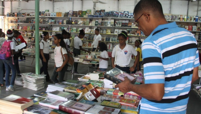 La XIX Feria Internacional del Libro acoge hoy la presentación de 19 títulos