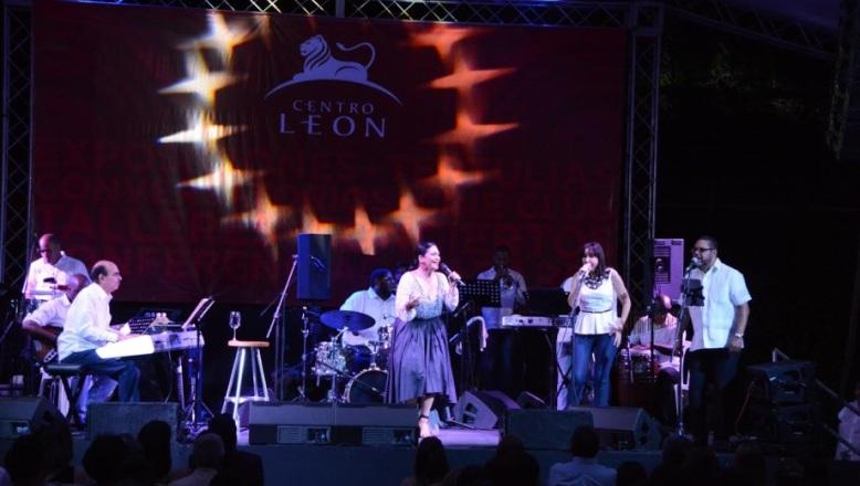 Centro León celebró 13 años de vida cultural con la voz de Maridalia Hernández