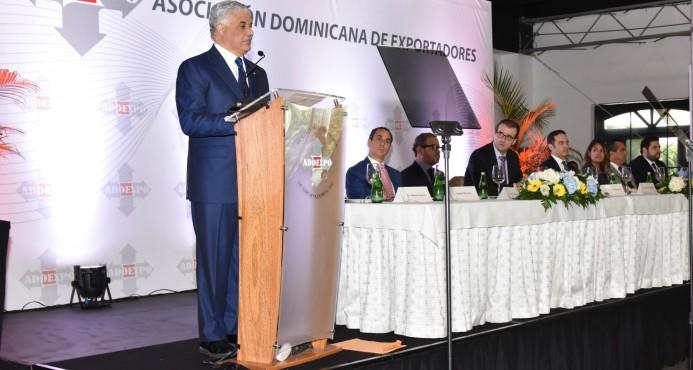 """Miguel Vargas: """"Trabajaremos arduamente para atraer más inversiones al país"""""""