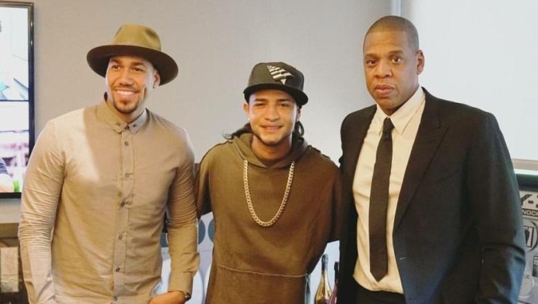 Mozart La Para es firmado por Jay Z y Romeo Santos en Roc Nation