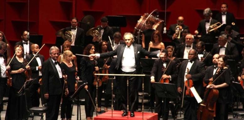 Orquesta Sinfónica Nacional ofrece emotivo concierto en su tercera entrega