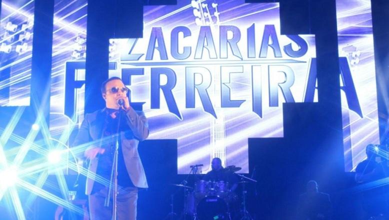 Zacarías Ferreira es reconocido por congresista de NY