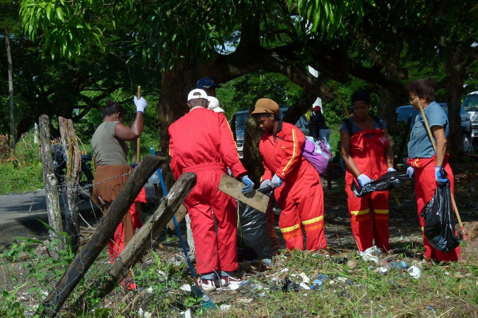 Alcaldía SDN realiza operativos de limpieza y exhorta munícipes a colaborar