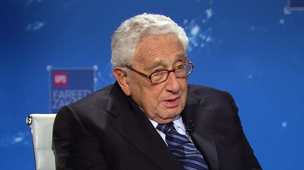 """Henry Kissinger consideró Donald Trump es el presidente """"más singular"""" que jamás haya visto"""