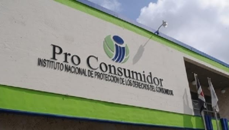 Pro Consumidor cuestiona modelo de préstamos por internet a 365% anual