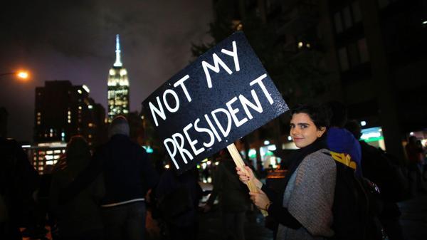 Se prende EEUU varias protestas tras victoria de Trump