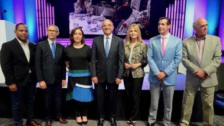 Dan apertura a la semana de la televisión dominicana con Imaginativa