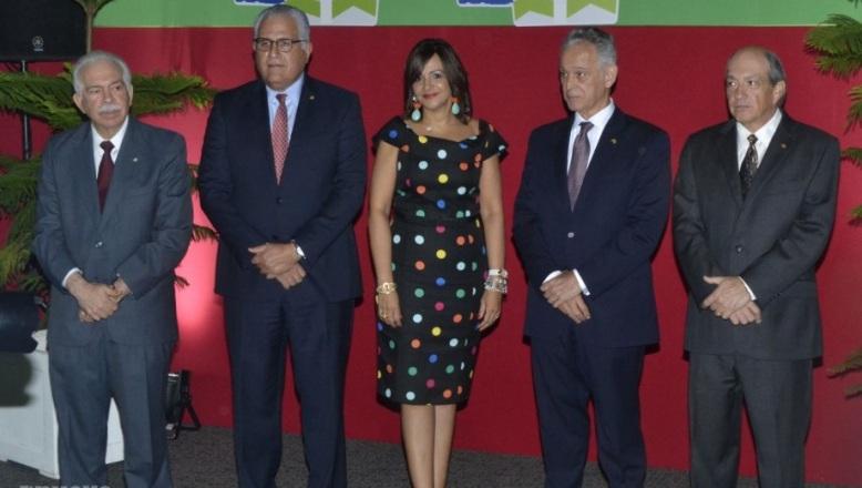 Banco BHD León celebra encuentros navideños junto a sus clientes