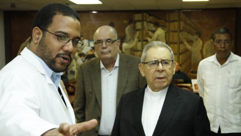 Núñez Collado valora esfuerzo del AGN; dice memoria documental RD está a salvo