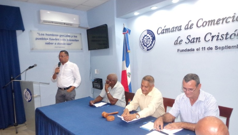 Reeligen a Dionicio Ramírez en Cámara de Comercio de San Cristóbal