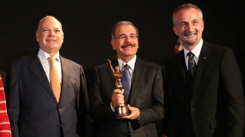 JW Marriott comparte premio con Danilo Medina