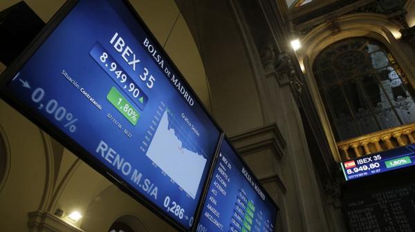 Las bolsas europeas abren a la baja tras la renuncia del primer ministro Matteo Renzi