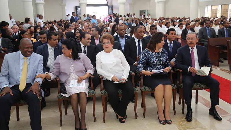 Presidente asiste a misa por creación Vicaría Episcopal Territorial Santo Domingo Este