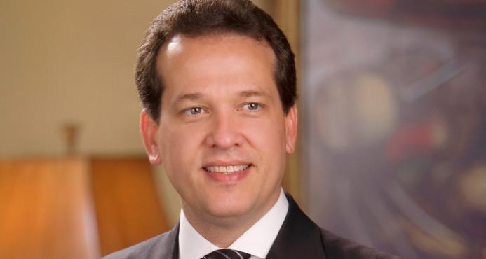 """Ito Bisonó critica """"intromisión"""" de Abinader en el Partido Reformista"""