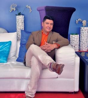 Leonardo Villalobos inyectará TV