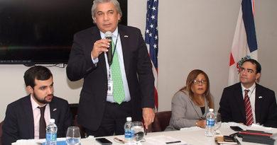 Cónsul Castillo reúne líderes para enfrentar problemas afectan comunidad dominicana en Nueva York