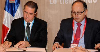 Iberia y República Dominicana renuevan acuerdo de promoción turística