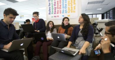 Obama con presión para otorgar perdón a jóvenes inmigrantes