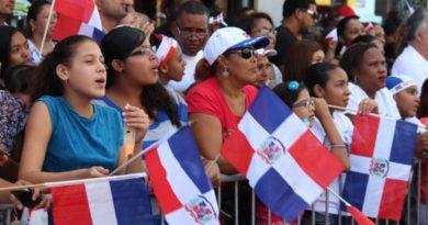 Preocupación entre dominicanos en NY por amenaza revocar seguro de salud