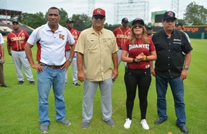 Ismael Cruz meditará si regresa con Gigantes