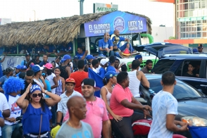 Liceístas celebraron en calles, hacen cambios en su roster SC