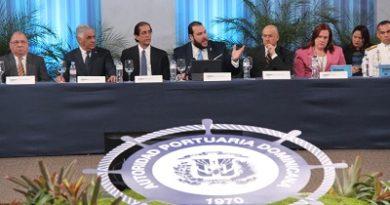 Gobierno dominicano y sector privado proponen convertir al país en HUB marítimo del Caribe