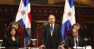 Gobierno reenfocará lucha contra delincuencia y criminalidad, anunció Medina en su discurso