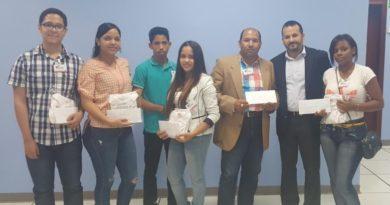 IDAC entrega premios a campeones juveniles de Ajedrez
