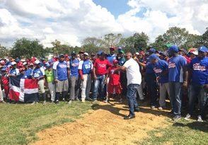 Cuatro equipos ganan en inicio torneo béisbol