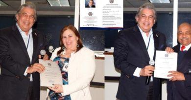 Consulado lanza cuestionario de servicios y reconoce empleados sobresalientes de febrero
