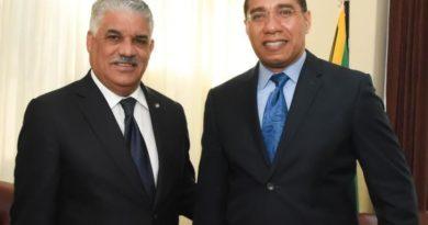 Canciller Miguel Vargas se reúne con el Primer Ministro de Jamaica