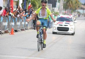 Rolly Weaver sale airoso en 4ta etapa Vuelta Ciclista