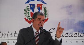 Desliz de Amarante Baret presentó al gobierno con imagen autoritaria