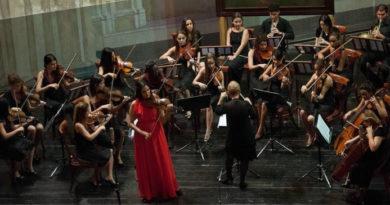 La violinista dominicana Aisha Syed debutó en Cuba