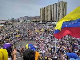 Protestas en Venezuela dejan al menos 57 heridos y más de 400 detenidos