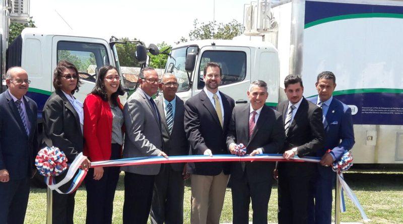 Embajada de EEUU entrega dos clínicas de salud en comunidades de Santiago y Puerto Plata