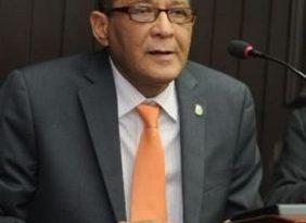 """Presidente Medina designa a Rafael Vásquez """"Fiquito"""" cónsul en Toronto"""