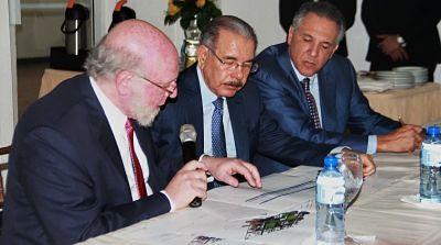 Ministro Pedro Vergés considera trascendental la decisión de Medina de restaurar la Plaza de la Cultura