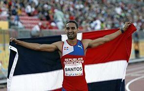 """Luguelín Santos, con """"pronóstico reservado"""", encabeza excursión dominicana a Londres"""