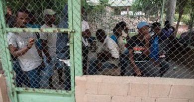 """Sectores creen tema haitiano despierta a anarquistas y podría """"distraer"""" reclamos por corrupción"""