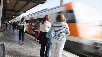 FOTO, VIDEO: Decenas de heridos en un accidente de tren en Barcelona