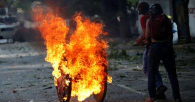 EE.UU. ordena a familiares de sus diplomáticos que abandonen Venezuela