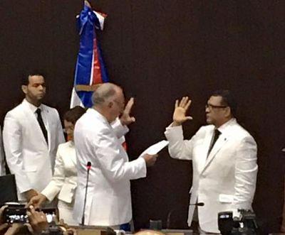 #TomaDePosesiónRubenM Rubén Maldonado ya es el nuevo presidente de los diputados