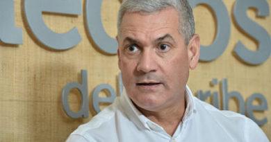"""Gonzalo Castillo:""""Quien aspire debe renunciar a su cargo"""""""