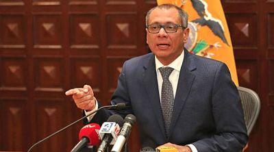 El presidente de Ecuador retira de sus funciones al vicepresidente Jorge Glas