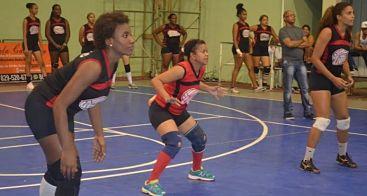 La Avenida y Villa Verde se imponen en voleibol superior de La Romana